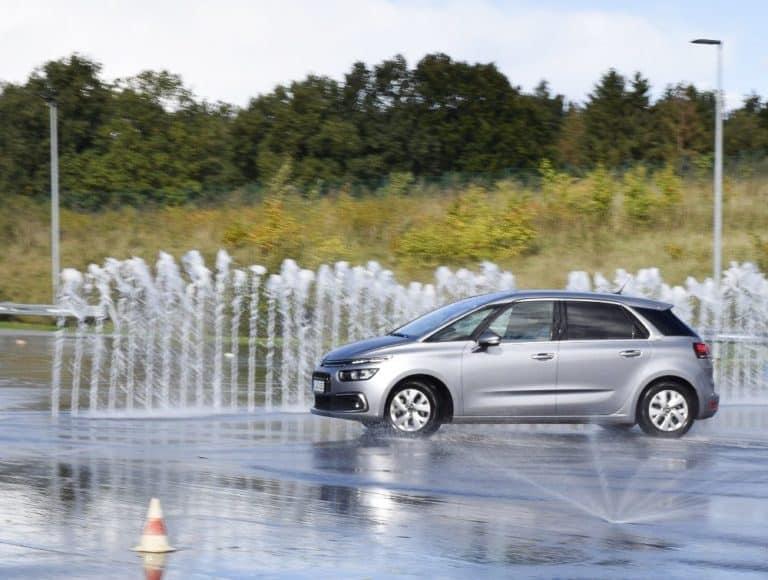 adac boksee auto uebungsplatz 2 Fahrsicherheitstraining