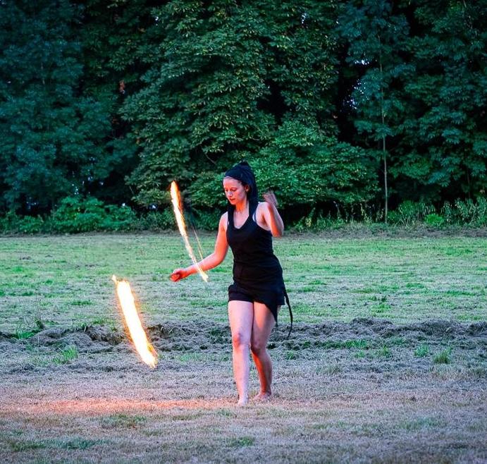 Feuershow Bowfire 2 Bogenschießen